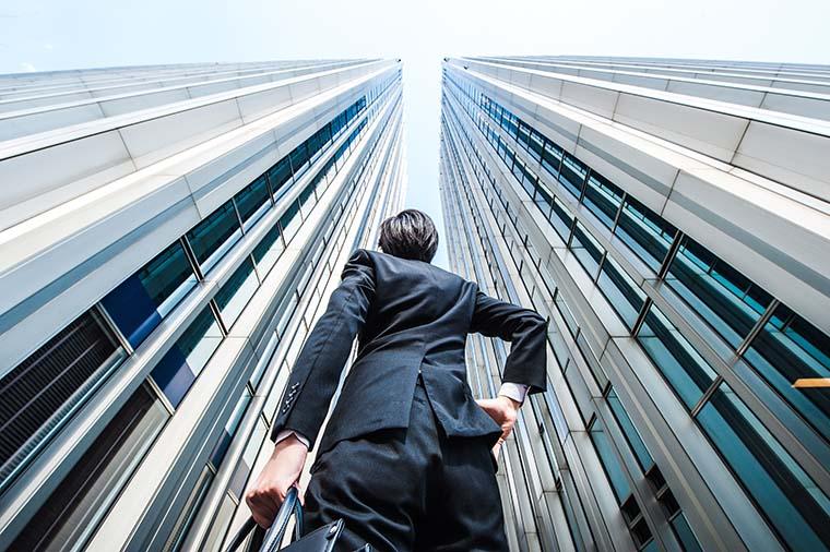 日本貸金業協会会員の街金融